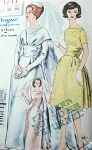 ELEGANT 1960s WEDDING GOWN BRIDAL DRESS PATTERN DOUBLE FLOWING TRAIN VOGUE SPECIAL DESIGN 4244