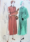 1940s  BOXY COAT PATTERN FLATTERING SINGLE BREASTED, STRAIGHT LINE, COVERTIBLE PETER PAN COLLAR, BUTTERICK 5038