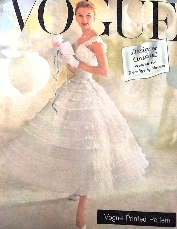 Home VOGUE COUTURIER PATTERNS 1950s BEAUTIFUL And RARE Promotional Vogue Pattern CHANTILLY Lace Dress Party Or Bridal Wedding Bust 32