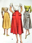 1950s Skirt Pattern McCall 8494 Easy To Wear Skirt With Large Pockets Waist 28 Vintage Sewing Pattern