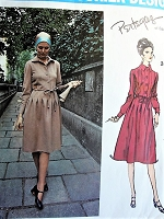 70s STYLISH Pertegaz Day or Cocktail Dress Pattern VOGUE Couturier Design 2457 Figure Flattering Style Size 10 Vintage Sewing Pattern