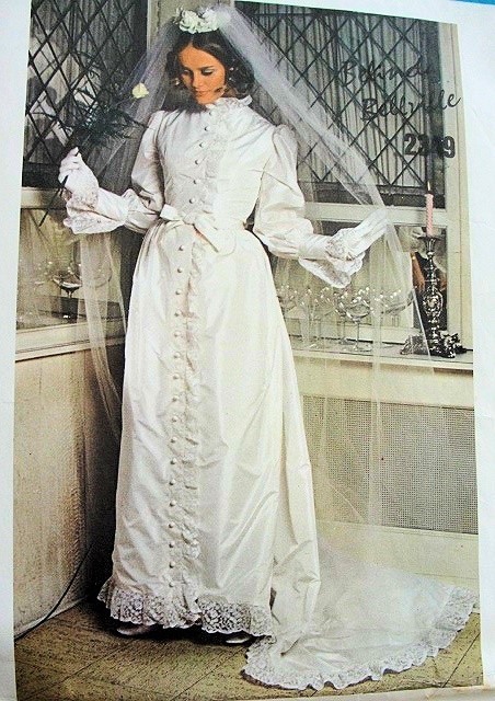 1960s romantic bridal dress wedding gown pattern victorian for 1960 style wedding dresses