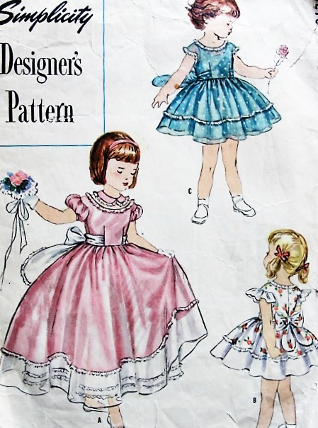 1950s LOVELY Little Girls Party Dress and Slip Pattern SIMPLICITY DESIGNERS 8278 Perfect Wedding Flower Girl Dress 2 Legths 3 Style Versions Size 4 Vintage Sewing Pattern FACTORY FOLDED