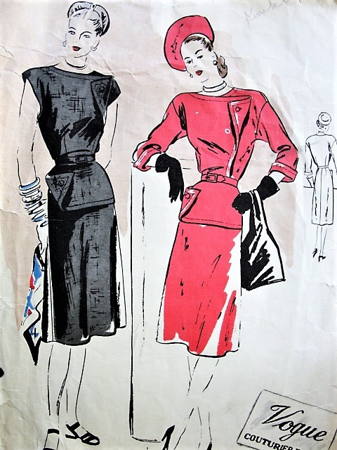 40s CHIC Dress Pattern VOGUE Couturier Design 290 Unique Style Bust 32 Vintage Sewing Pattern