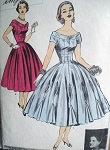 BEAUTIFUL 1950s BATTILOCCHI Evening Dress Pattern ADVANCE Import 113 Princess Line Wide Skirted,Fabric Insets, Godets Set in Skirt Edge GORGEOUS Design Bust 30 Vintage Sewing Pattern
