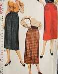 1950s SLIM SKIRT PATTERN BACK PLEAT EASY TO MAKE SIMPLICITY 4491Vintage Sewing Pattern