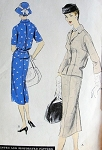 1950s VOGUE 8901 SUIT PATTERN FITTED JACKET  BLOUSON BACK SLIM SKIRT Bust 34