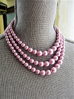 1950s BEAUTIFUL Lustrous Pearl Bead Necklace,Gorgeous Shade of Lavender Pink, Triple Strand Bead Necklace, Bridal Necklace,Vintage Jewelry