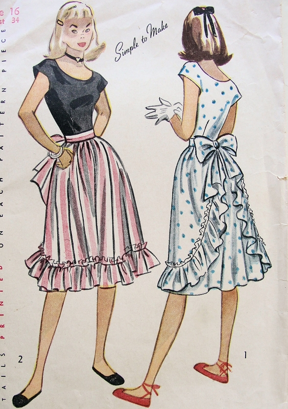 1940s pretty dress pattern simplicity 1927 scoop neckline