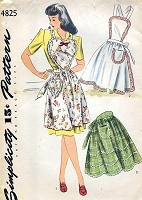 1940s CUTE Full Heart Shape Bib Apron or Half Aprons Pattern SIMPLICITY 4825 Three Styles, Size Large Vintage Sewing Pattern
