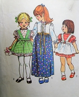 1970s CUTE Toddlers Dress and Apron Pinafore Pattern SIMPLICITY 5333 Sweet Little Girls Dress in 2 Lengths Size 1 Childrens Vintage Sewing Pattern