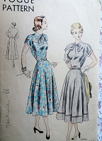 1940s BEAUTIFUL Dress Pattern VOGUE 6268 Day or Party Dress, Keyhole Neckline,Figure Flattering,Bust 32 Vintage Sewing Pattern