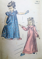 1940s SWEET Toddlers Night Gown Pattern ADVANCE 4831 Cute Puff Sleeves or Long Sleeves 2 Styles Little Girls Size 2 Childrens Vintage Sewing Pattern