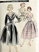 1950s PRETTY V-Neck Dress with Cummerbund Advance 8351 Bust 31 1/2