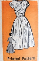 1950s PRETTY Day Dress Pattern MARIAN MARTIN 9213 V Neckline Full Skirt Dress Bust 34 Vintage Sewing Pattern