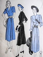 1940s ELEGANT Dress Day or Dinner Dress Pattern BUTTERICK 4301 Two Lovely Style Versions Bust 32 Vintage Sewing Pattern