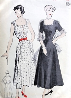 1940s LOVELY Sundress or Evening Party Dress and Stole Pattern BUTTERICK 4851 Scallop Details, Infinite Flattery Bust 32 Vintage Sewing Pattern