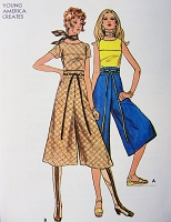 1970s FAB Top and Gaucho Culotte Pants Pattern BUTTERICK 6127 High Waist Midi Length Divided Skirt and Oval Neckline Top Bust 32 Vintage Sewing Pattern FACTORY FOLDED