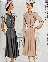 1940s STYLISH Dress with Contrasting Sleeves McCall 7254 Bust 34 Vintage Sewing Pattern
