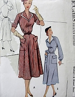 1950s SNAPPY Dress Pattern McCALLS 8635 Lovely Dress V Neckline Flared Skirt With Pockets Bust 30 Vintage Sewing Pattern FACTORY FOLDED