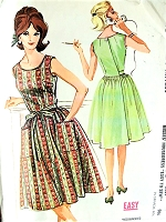 1960s PRETTY Back Wrapped Dress Pattern McCALLS 6618 Easy To Sew Housedress Summer Dress Bust 32 Beginners Vintage Sewing Pattern
