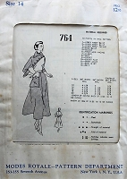 1940s HAUTE Dress with Side Pocket Modes Royale 764 Bust 34 Vintage Sewing Pattern