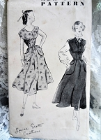 1940s PRETTY Dress or Jumper and Blouse Pattern NEW YORK 647 Louise Scott Design Pretty Style Bust 33 Vintage Sewing Pattern FF