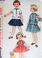 1950s CUTE Little Girls 2 Pc Dress and Detachable Collar Pattern SIMPLICITY 1250 Sweet Pleated Suspender Skirt, Blouse Toddlers 3 Vintage Childrens Sewing Pattern
