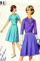 1960s Vintage THE CROWN Style Dress with Sleeves Simplicity 5581 Sewing Pattern Bust 32