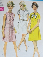 1960s Vintage PRETTY A-Line Dress with Peter Pan Collar or Puff Sleeves in Three Styles Simplicity 8189 Sewing Pattern Bust 38 Retro Fashion