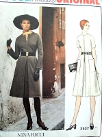 1970s NINA RICCI Stylish Dress Pattern VOGUE PARIS Original 2527 Day or After 5 Bust 34 Vintage Sewing Pattern