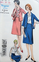 1960s Vintage SMART Suit and Blouse with Notched Collar Vogue 5446 Sewing Pattern Bust 37