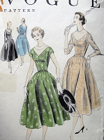 Vintage 1950s GLAMOROUS Evening Dress with Scalloped or Classic V-Neckline Vogue 8530 Sewing Pattern Bust 32