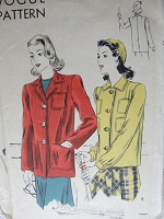 1940s VINTAGE Coat with Multiple Pockets Vogue 8763 Sewing Pattern Bust 34