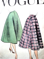 1950s EASY To Make Flared Skirt Pattern VOGUE 8984 Classic Skirt Style Waist 30 Vintage Sewing Pattern