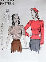 Vintage 1940s PRETTY Blouse with Gathered Shoulders Vogue 9466 Sewing Pattern Bust 32