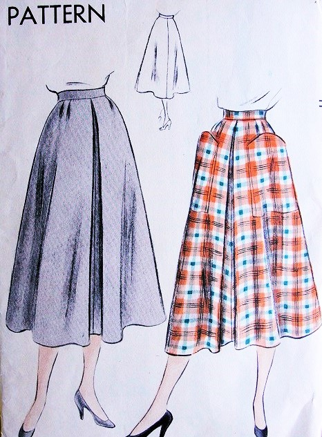 1950s Flared Skirt Pattern Vogue 7018 Front Inverted Pleat