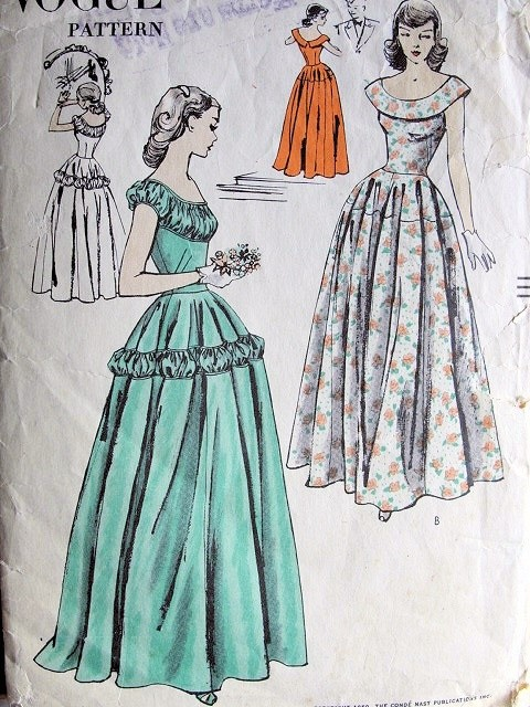 1950  STUNNING EVENING GOWN PATTERN 2 BEAUTIFUL STYLES Ruched Details VOGUE 3156