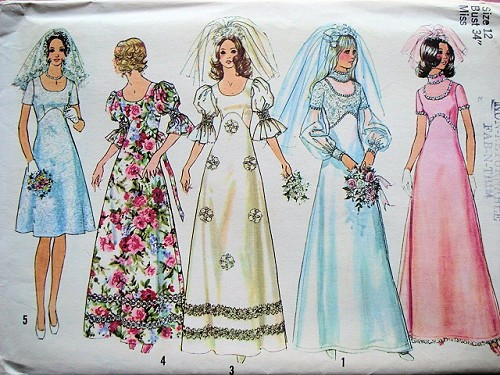 70s EMPIRE WAIST BRIDAL GOWNS PATTERN SIMPLICITY 5462