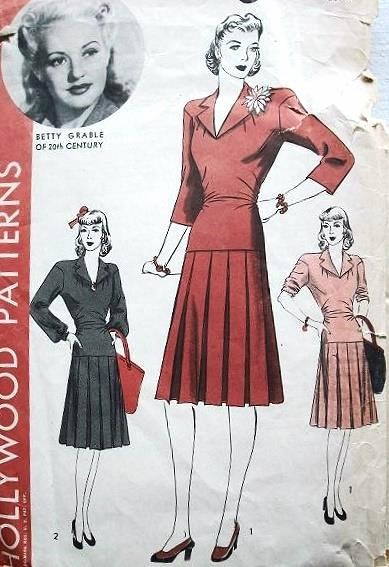 1940s HOLLYWOOD PATTERN 718 PERKY 2 PC DRESS BOX PLEATED SKIRT FEATURES MOVIE STAR BETTY GRABLE