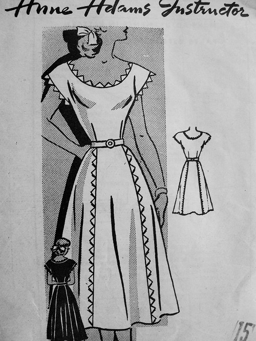 1940s Vintage STYLISH Dress Anne Adams 4910 Bust 33 Sewing Pattern