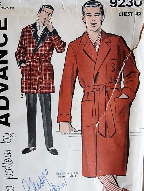 1950s Vintage CLASSIC Men's Robe in Two Lengths Advance 9230 Chest 42 Sewing Pattern