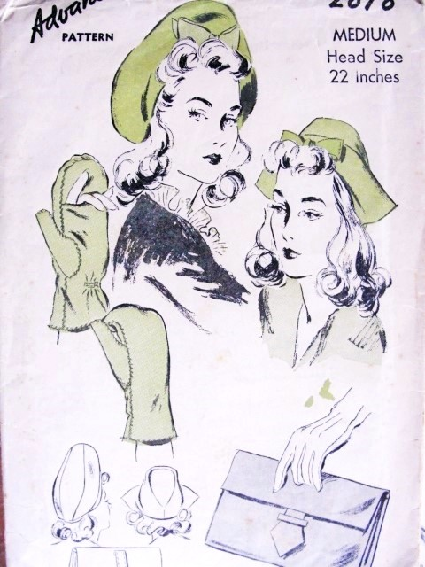 1940s Hats  Bag and Mittens Pattern Advance 2878 Vintage Sewing Pattern WW II Fabulous Over Sized Beret Tam Hat, Cap, Bag Purse and Slit Mittens