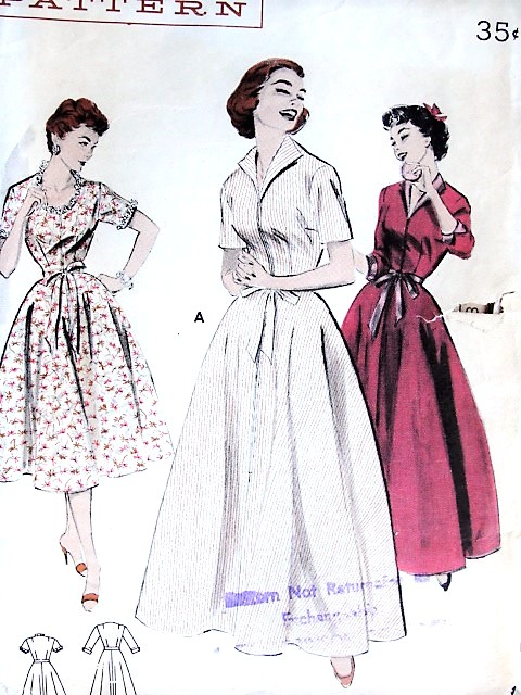 1950s CLASSIC Brunch Coat Lounge Wear Robe Butterick 7053 Bust 34 ...
