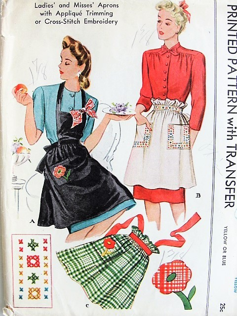 1940s CHARMING Apron with Transfer McCall 1118 Vintage Sewing Pattern