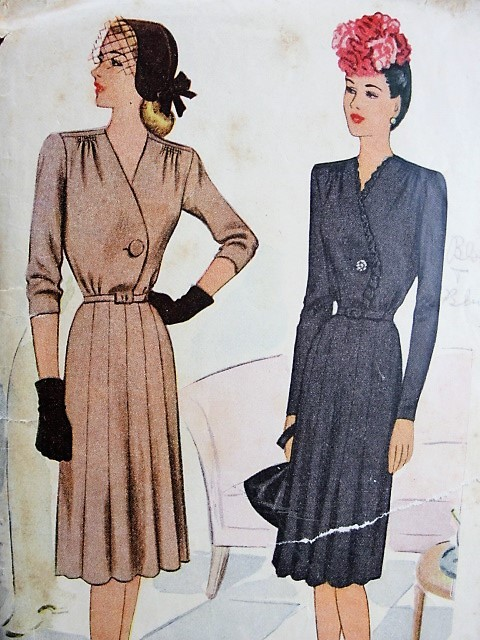 1940s Vintage CLASSY Dress in Three Styles McCall 6286 Bust 40 Sewing Pattern