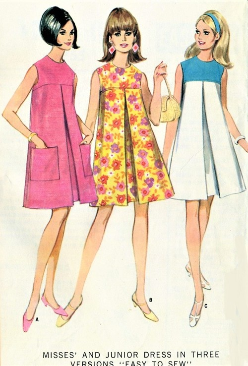 CUTE 1960s MOD Dress Pattern McCALLS 8755 Sweet Style Front Inverted Pleat  Bust 30 Easy To Sew Vintage Sewing Pattern
