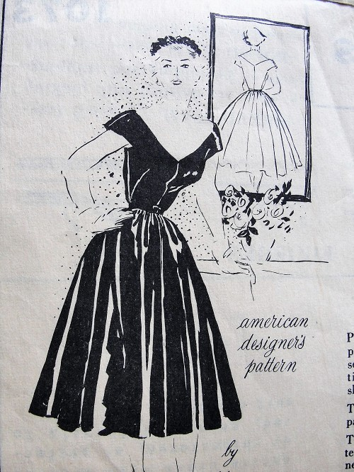 1950s STUNNING Evening Dress Pattern SPADEA 1073 By Martini Almost Off Shoulders Low Cut Full Skirt Party Dress Bust  32 Vintage Sewing Pattern