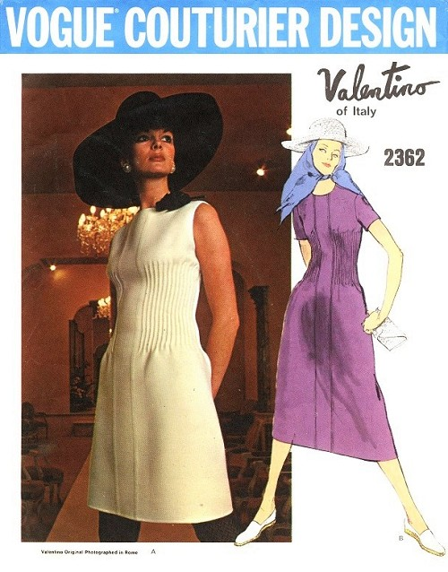 LOVELY 1970s VALENTINO Pintuck Couture Dress Pattern VOGUE COUTURIER ...