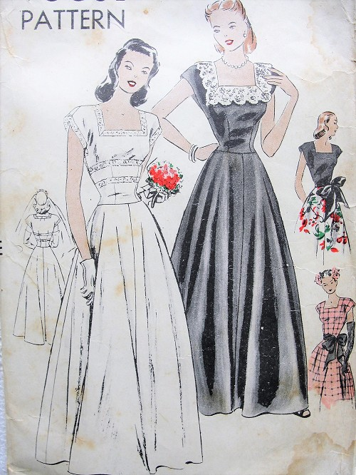 1940s BEAUTIFUL Party Evening Dress or Bridal Gown Pattern VOGUE 5484 Square Neckline Gown With Large Sash Bust 32 Vintage Sewing Pattern